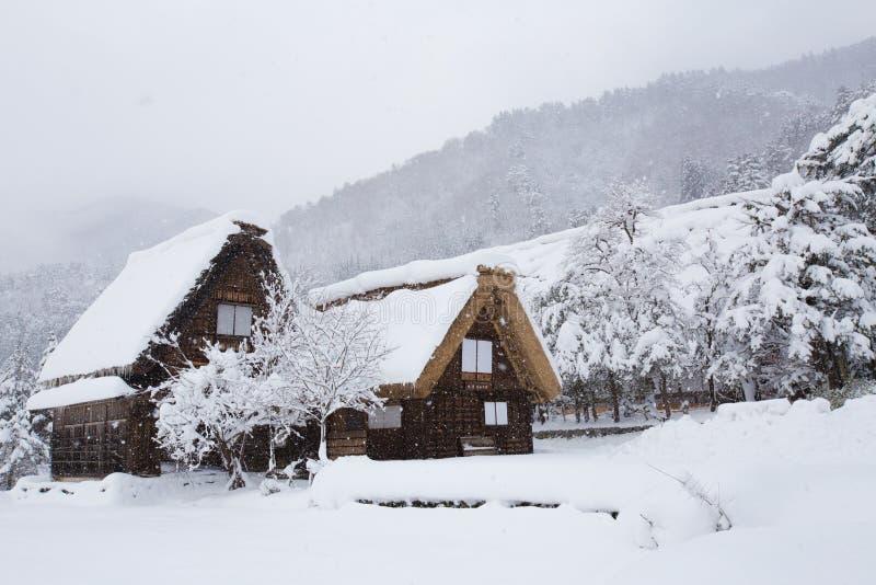 Het historische Dorp van shirakawa-gaat in de winter, Japan royalty-vrije stock afbeelding