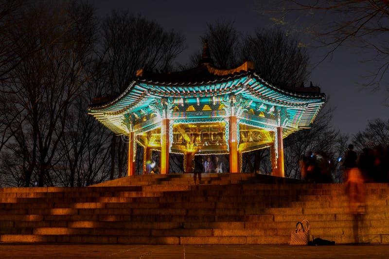 Het historische gebouw in Korea stock afbeeldingen