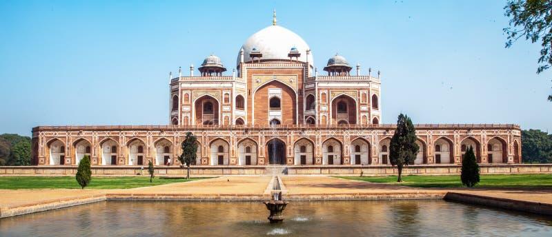 Het historische graf van Oriëntatiepunthumayun ` s in Delhi stock foto