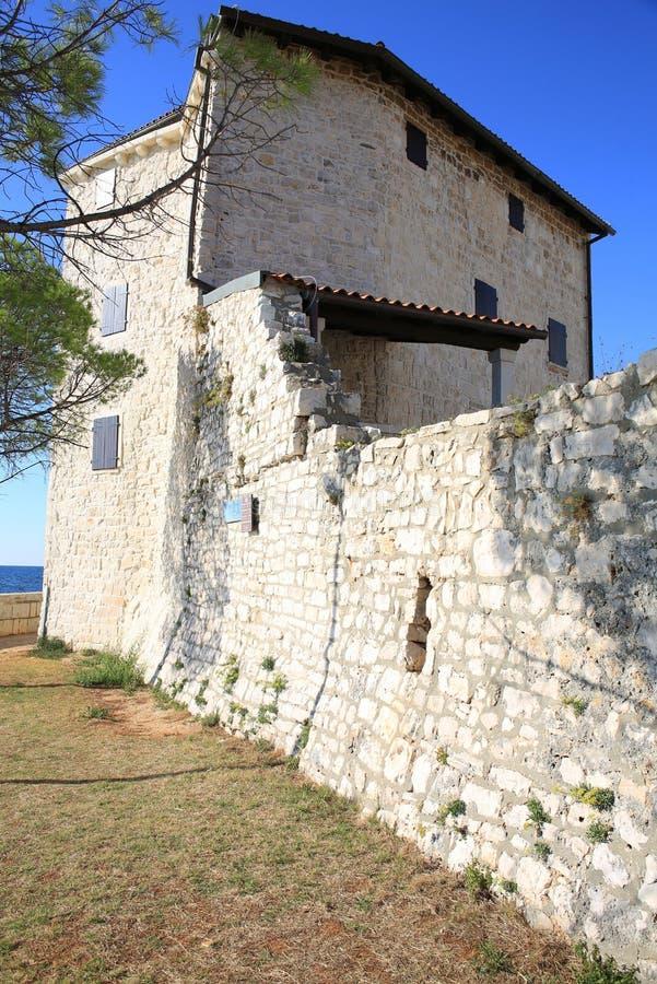 Het historische stadsvestingwerk van Umag, Kroatië royalty-vrije stock afbeeldingen