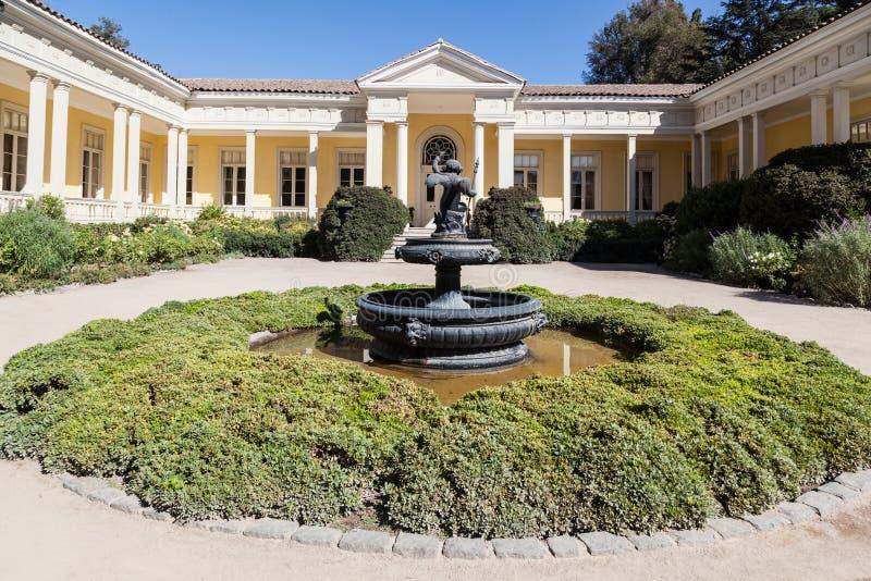Het historische Wijnmakerijhuis Santiago doet Chili stock foto's