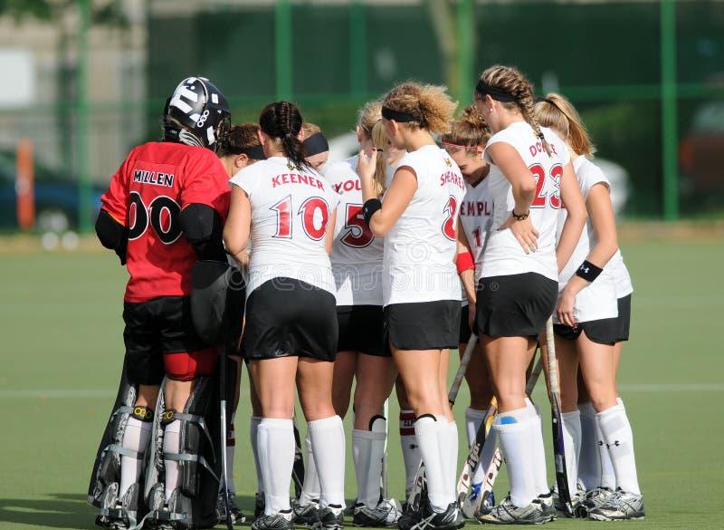 Het Hockey van de universiteit - dames stock fotografie