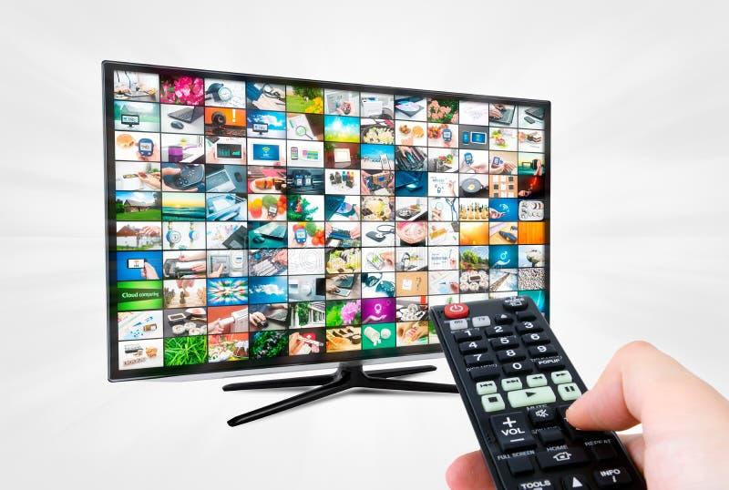 Het hoge scherm met groot scherm van definitietv met videogalerij ver stock afbeeldingen