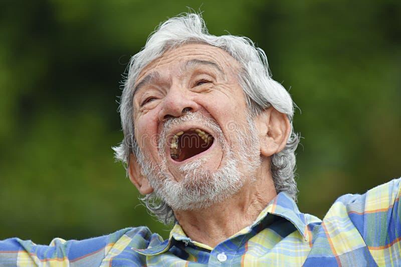 Het hogere Columbiaanse Mannelijke Lachen stock fotografie