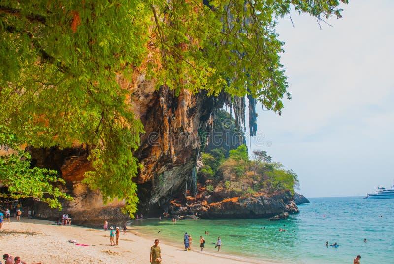 Het hol van Phranang Schiereiland van Railay Krabi, Thailand stock foto
