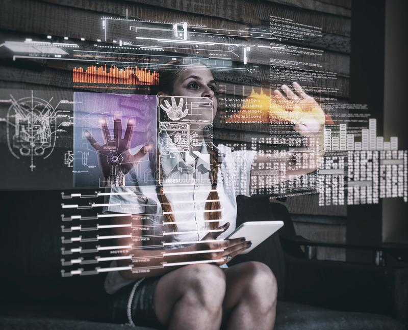 Het hologram dient project in stock fotografie