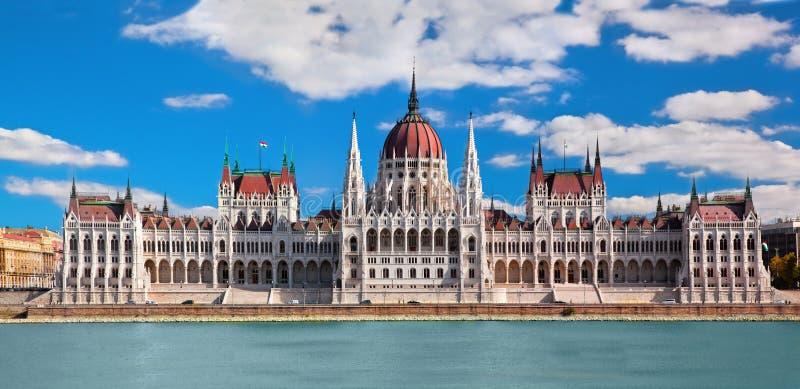 Het Hongaarse parlement in Boedapest, Hongarije stock foto's