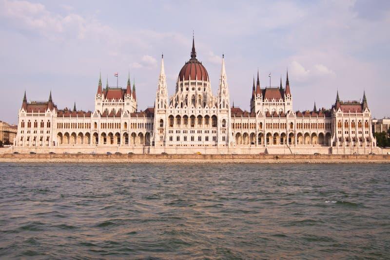 Het Hongaarse parlement in Boedapest, Hongarije stock afbeelding