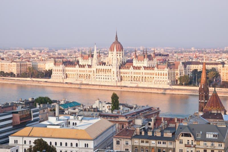 Het Hongaarse parlement, Boedapest, Hongarije royalty-vrije stock foto's