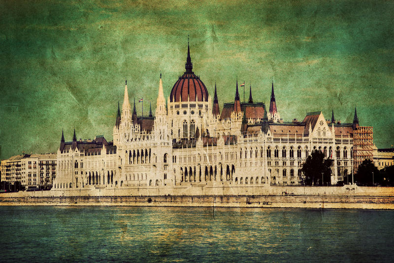 Het Hongaarse parlement in Boedapest, Hongarije. Retro royalty-vrije stock foto's