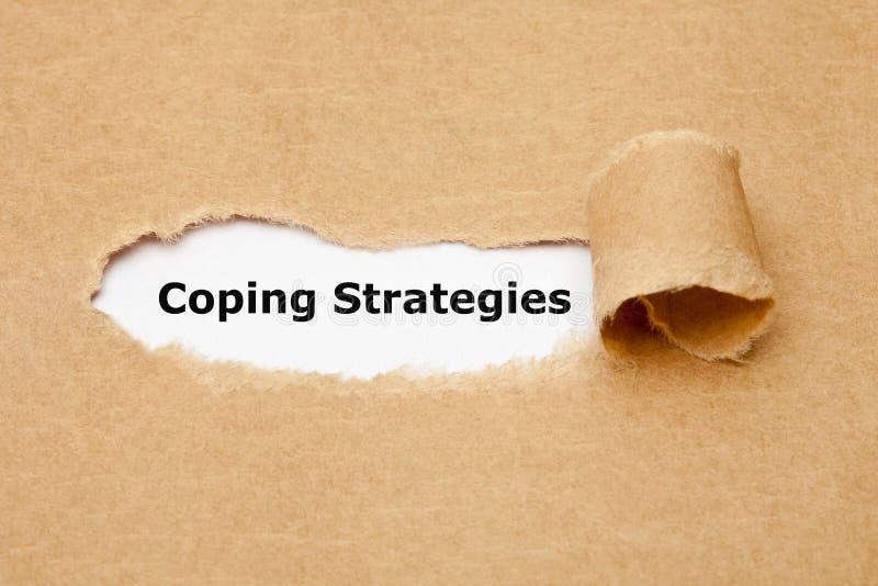 Het hoofd biedend Strategieën Gescheurd Document Concept stock afbeelding