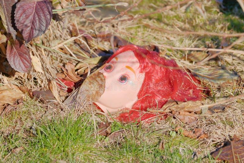 Het Hoofd en de Symboliek van Doll royalty-vrije stock afbeeldingen