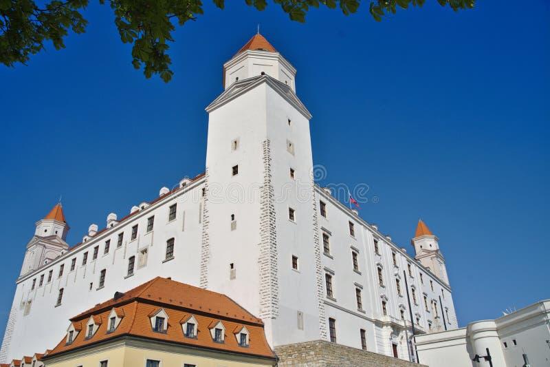 Het hoofdkasteel van Bratislava op zonnige dag royalty-vrije stock afbeelding