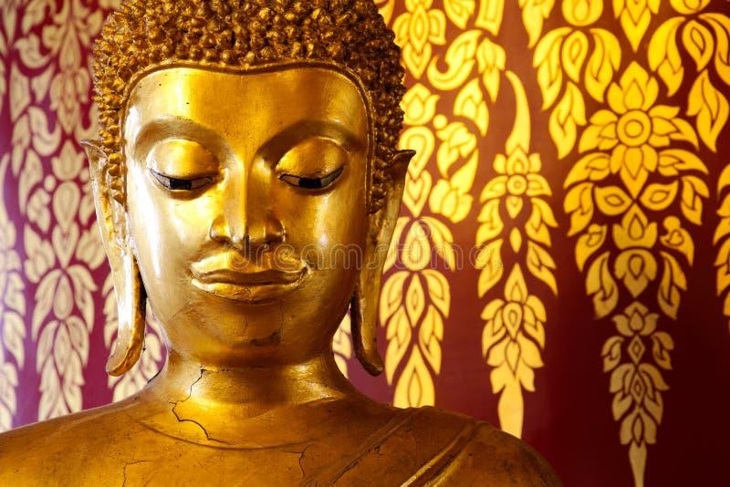 Het hoofdstandbeeld van Uddha over het Thaise stijl schilderen royalty-vrije stock foto