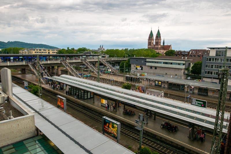 Het hoofdstation van Freiburg-im-Breisgau royalty-vrije stock afbeelding