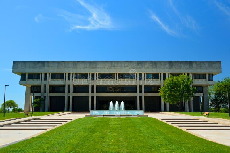 Het Hooggerechtshof Gerechtelijk Centrum die van Kansas op Sunny Day voortbouwen royalty-vrije stock foto