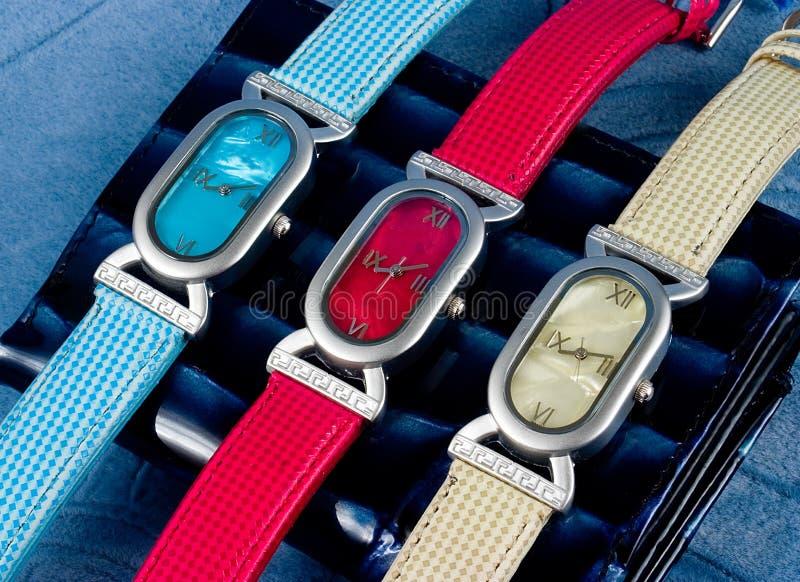 Het horloge van de kleur voor womanâs stock foto's