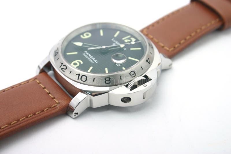 Het horloge van de luxe in opslag