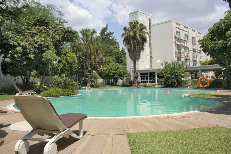 Het hotel en de pool van de luxe royalty-vrije stock fotografie
