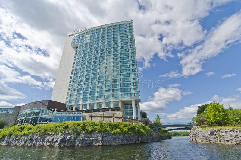 Het Hotel Gatineau, Quebec, Canada van lak-Leamy van Hilton royalty-vrije stock fotografie