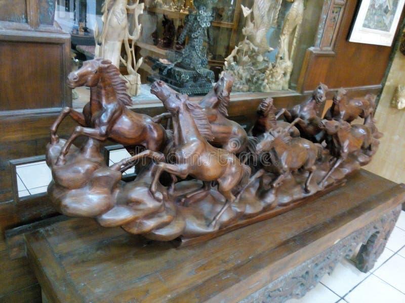 Het houten werk bij Ubud-dorp Bali royalty-vrije stock foto
