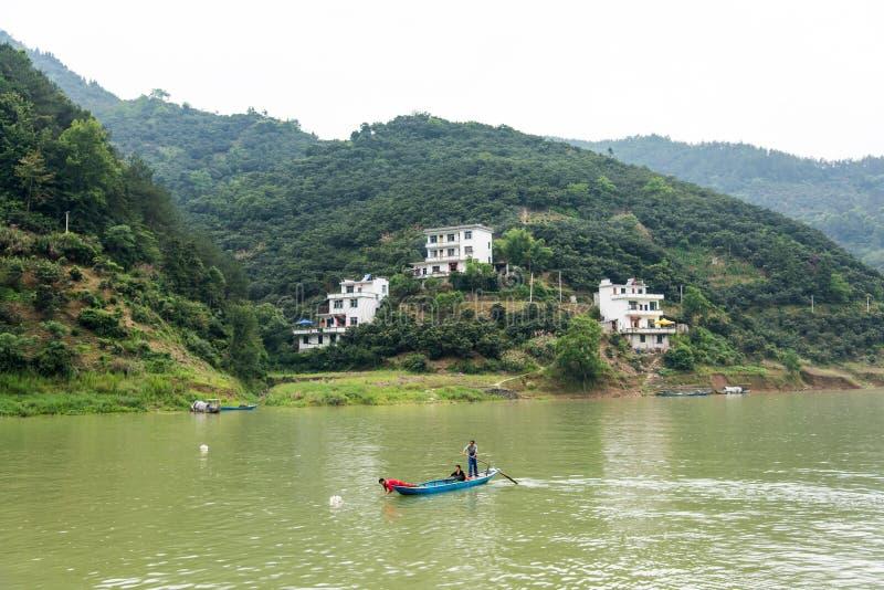 Het huis door de Xinan-rivier stock foto's