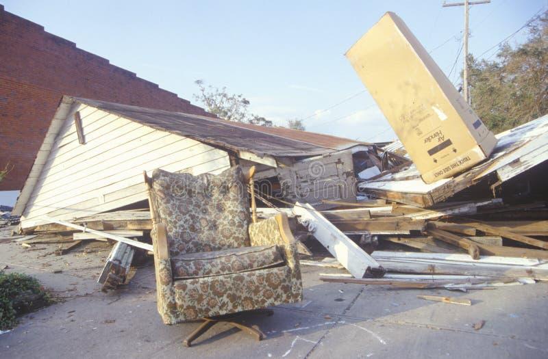 Het huis ligt in ruïnes na Orkaan Andrew stock foto