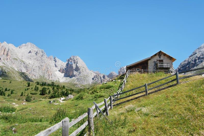Het huis van de berg stock afbeeldingen