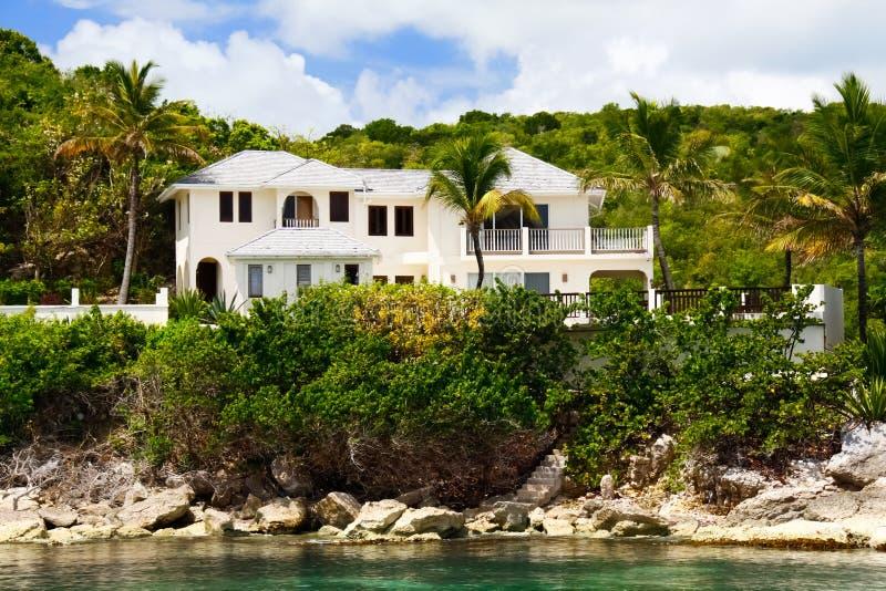 Het huis van de luxe op Antigua stock fotografie