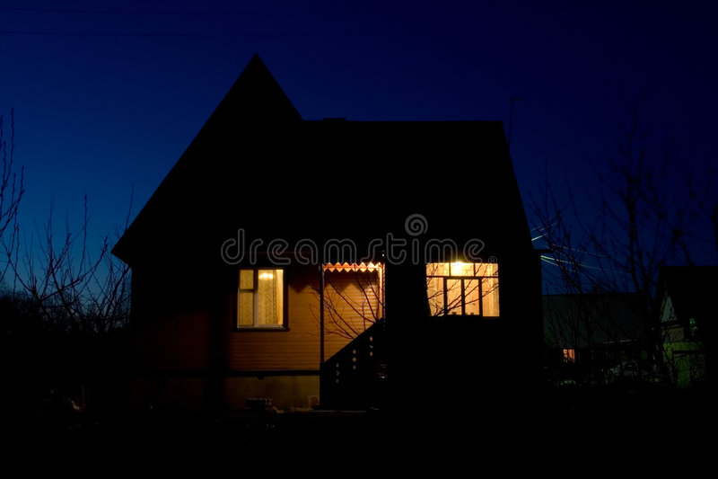 Het huis van de nacht royalty-vrije stock fotografie
