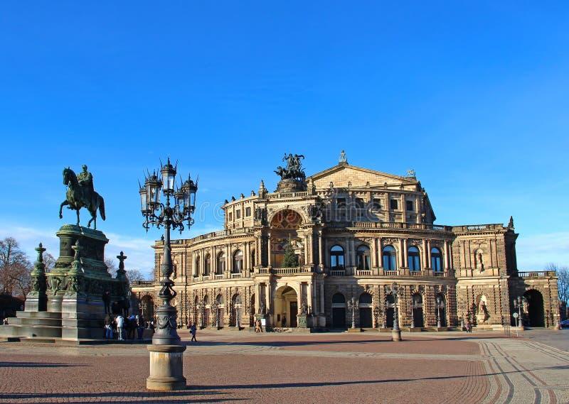 Het Huis van de Opera van Semper, Dresden, Duitsland stock foto