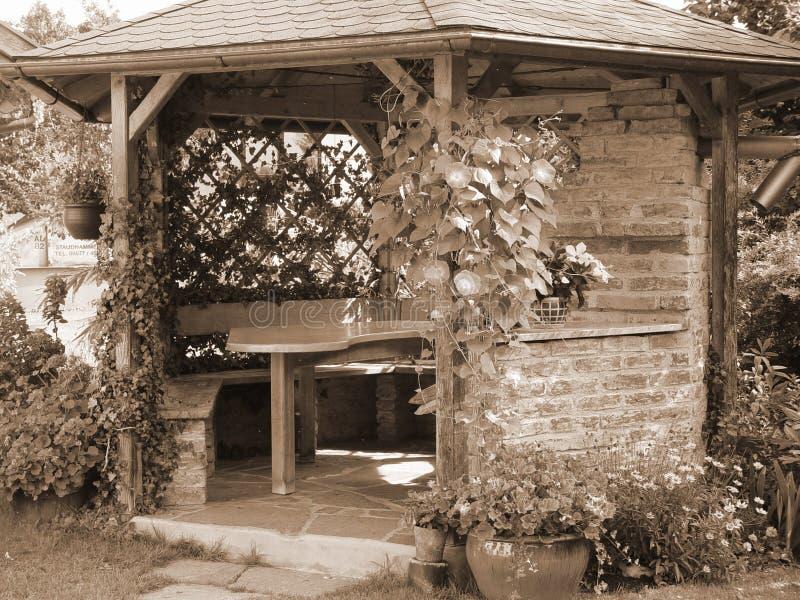 Download Het huis van de zomer stock foto. Afbeelding bestaande uit zwart - 34012
