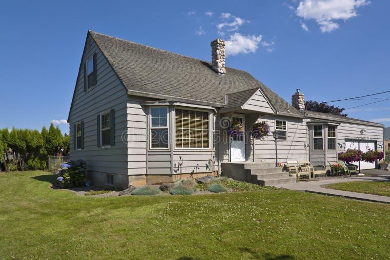 Het huis van het land in landelijk Oregon stock foto
