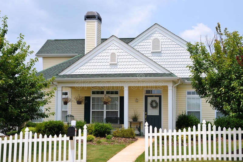 Het Huis van het plattelandshuisje stock foto