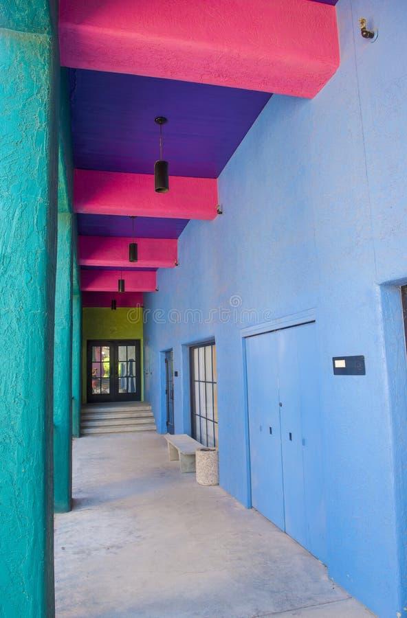 Het huis van Tucson Adobe stock foto's