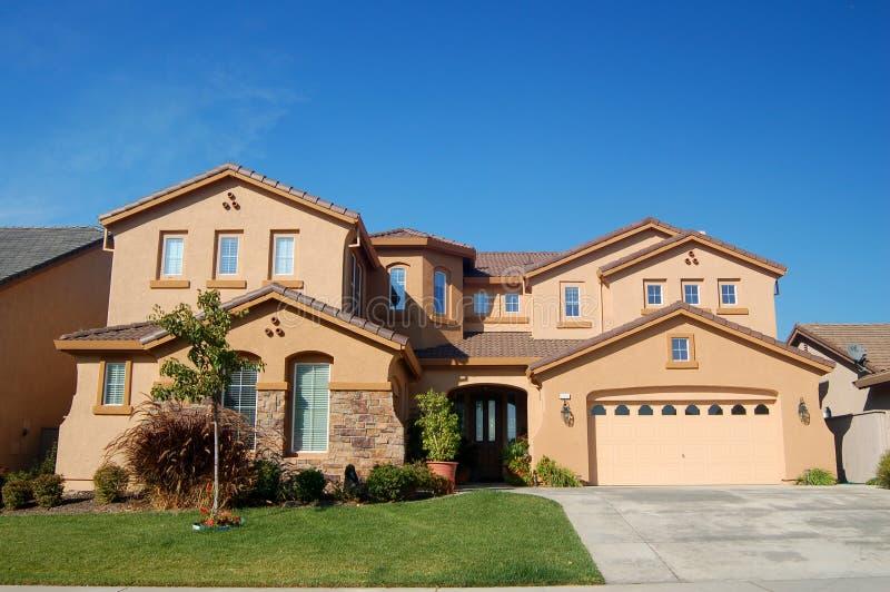 Het Huis van Upscale in Californië stock afbeeldingen