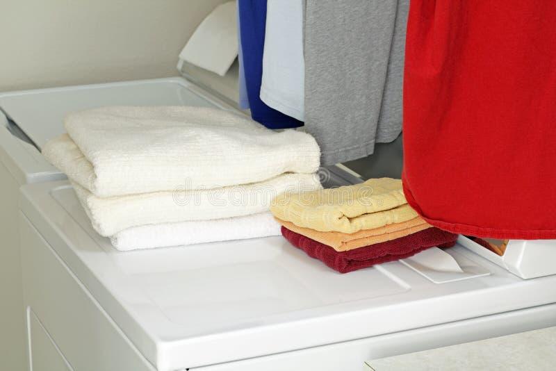 Het Huishoudelijk werk van de wasserij royalty-vrije stock afbeeldingen