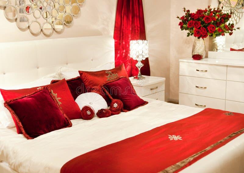 Het huisslaapkamer van de luxe royalty-vrije stock foto