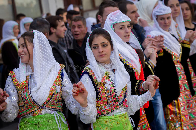 HET HUWELIJK VAN BULGARIJE RIBNOVO POMAK royalty-vrije stock fotografie