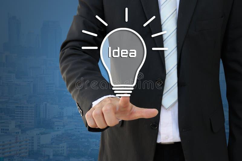 Het idee van de idee gloeilamp van nieuwe innovatie royalty-vrije stock afbeelding