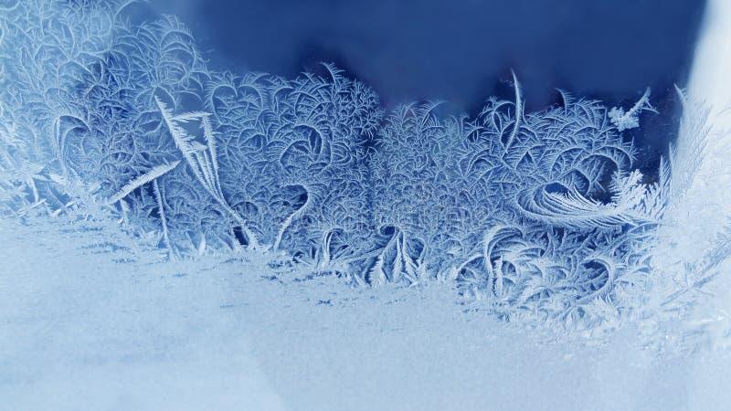 Het ijs bloeit bevroren vensterachtergrond Macro de vorst geweven patroon van de meningsfotografie koud Kerstmisconcept van het d royalty-vrije stock fotografie