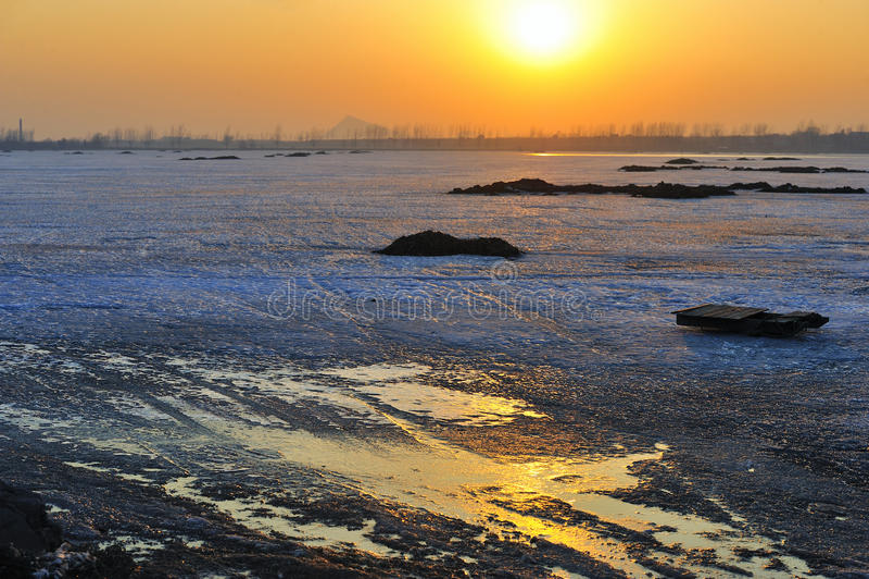 Het ijs van de winter royalty-vrije stock afbeeldingen