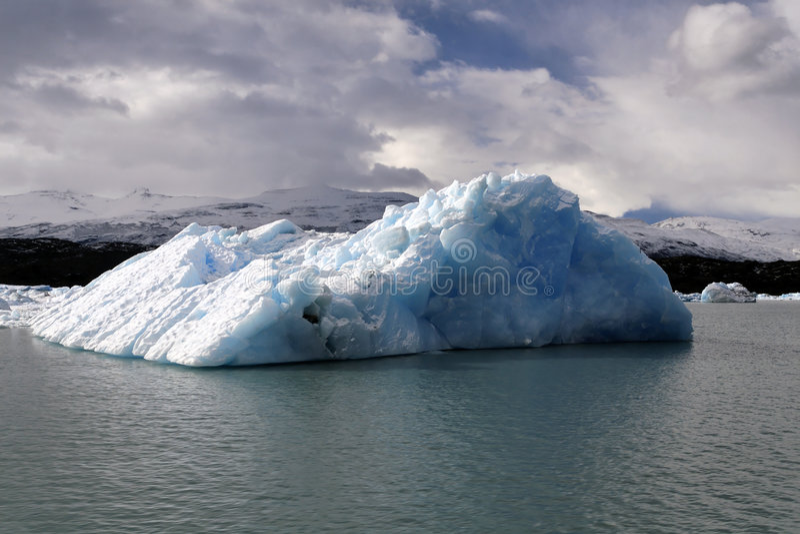 Het ijsijsschol van de gletsjer royalty-vrije stock fotografie