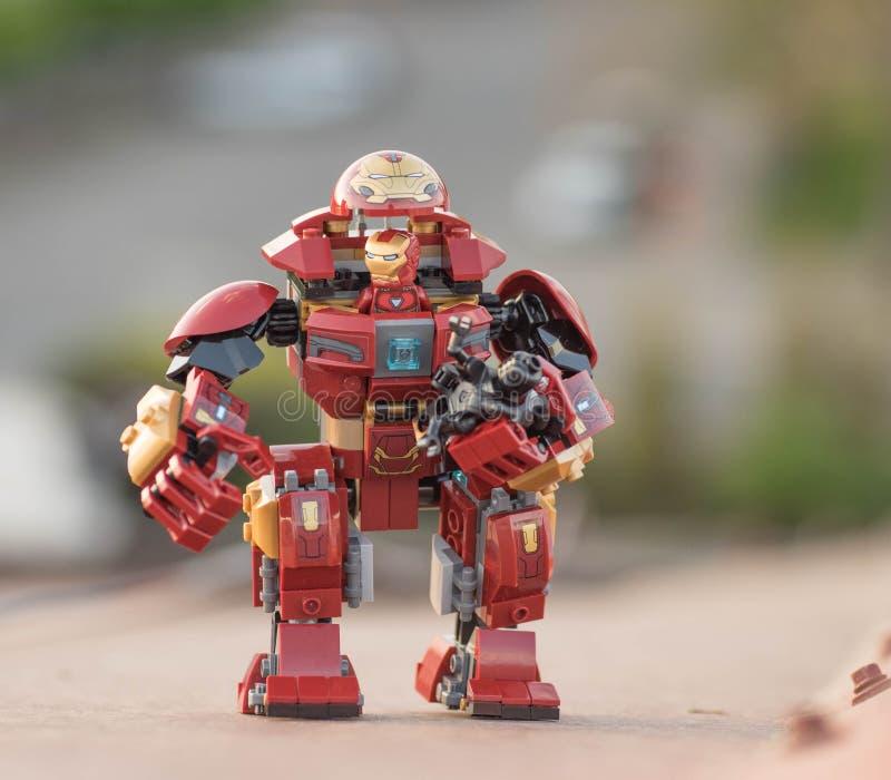 Het Ijzermens van de Lego super held in hulkbuster royalty-vrije stock foto
