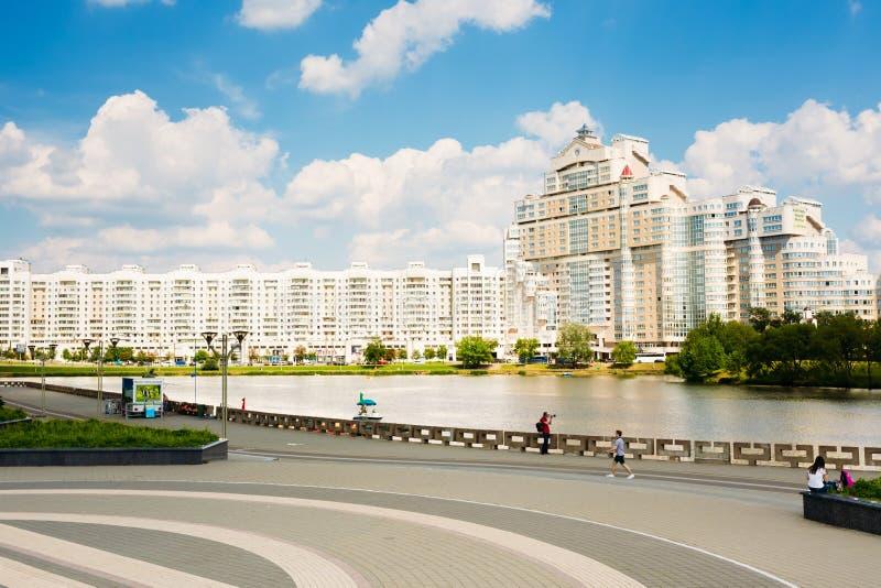 Het inbouwen van Minsk, Nyamiha Van de binnenstad Nemiga stock foto's