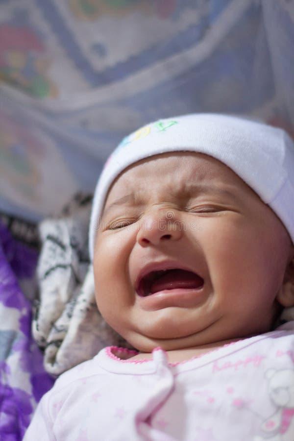 Het Indische baby schreeuwen royalty-vrije stock afbeelding
