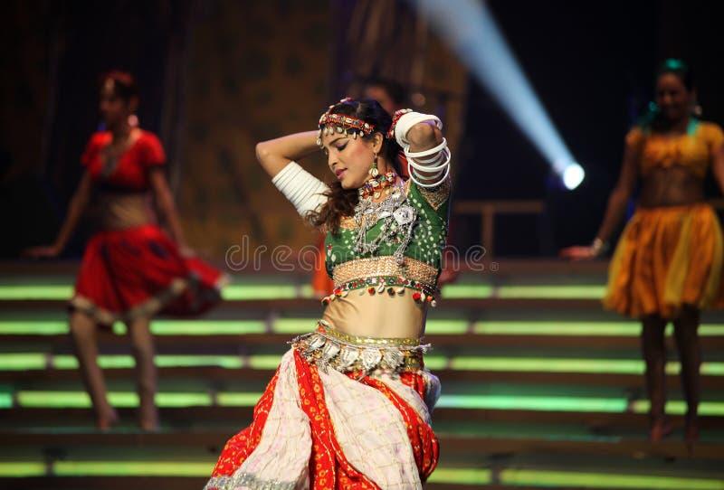 Het Indische dansen royalty-vrije stock foto