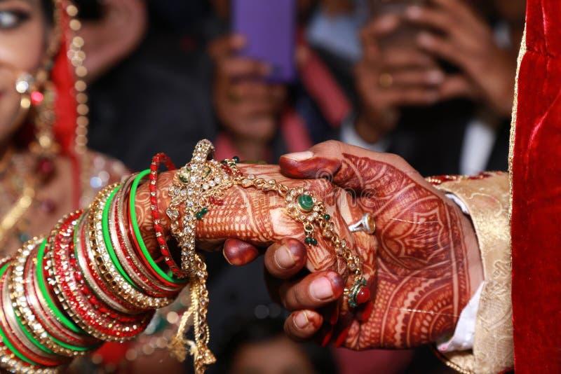 Het Indische Paar van het Huwelijk royalty-vrije stock afbeelding
