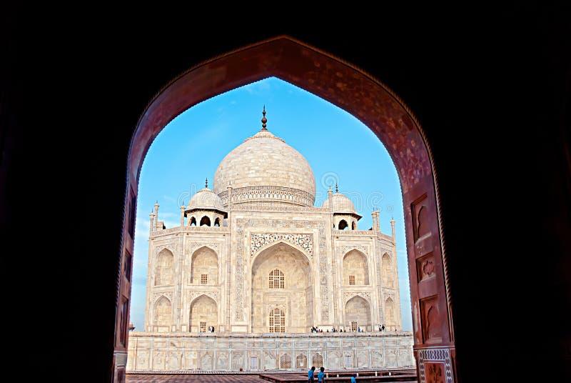 Het Indische paleis van Mahal van Taj Islamarchitectuur Agra, India stock foto's