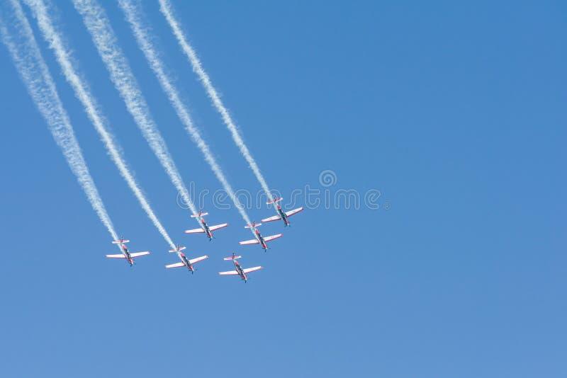 Het Indonesische team van Luchtmachtjupiter aerobatic in Singapore Airshow stock foto
